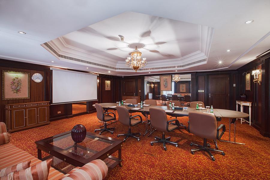 Elvira Azimova photographer interior Dubai UAE