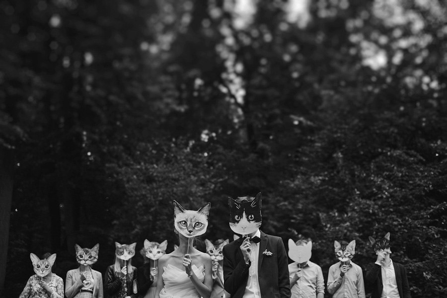 Elvira Azimova photographer wedding group portrait
